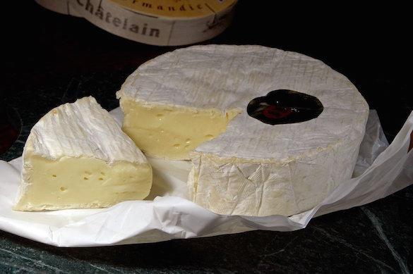 В «Поднебесной»  запрещен импорт сыров бри икамамбер