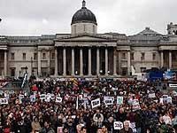 Более тысячи лондонцев приняли участие в марше в поддержку
