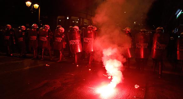 Массовые протесты в Греции привели к столкновениям с полицией. 290646.jpeg
