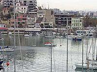 Портовые работники в Греции продлили свою забастовку