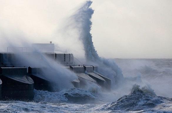 На Дальний Восток надвигается мощный циклон. Циклон идет на Дальний Восток