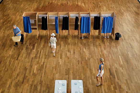 Половина Франции отказалась голосовать на выборах