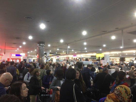 Крупные аэропорты мира парализовал компьютерный сбой. Крупные аэропорты мира парализовал компьютерный сбой