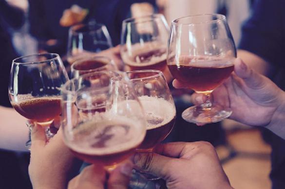 Канадский врач пьянствовал 10 лет для борьбы с похмельем. 395650.jpeg