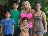 Многодетная мать делает себе самую большую грудь в мире. 261651.jpeg