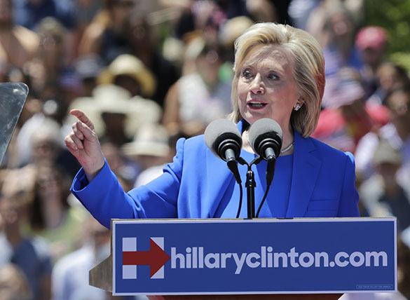 Предвыборная кампания Хиллари Клинтон началась с антироссийских заявления. Хиллари Клинтон