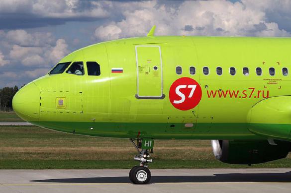"""Почти без паники: разгерметизированный самолет сел в """"Кольцово"""". 380651.jpeg"""