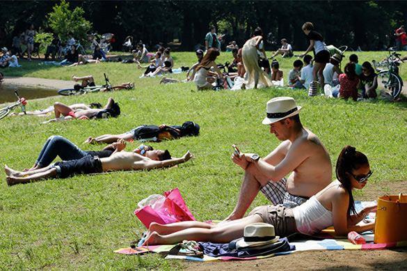 В Японии установилась невыносимая жара