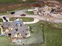 Жертв торнадо в США становится все больше. tornado