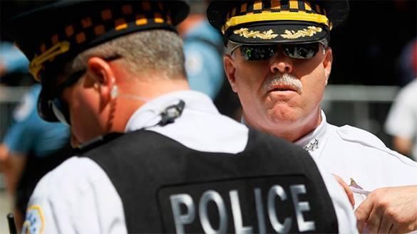 В США  расследуются новые случаи насилия с участием полицейских и известных лиц. 320661.jpeg