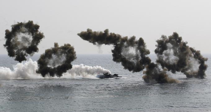 КНДР запустила три ракеты. 321666.jpeg