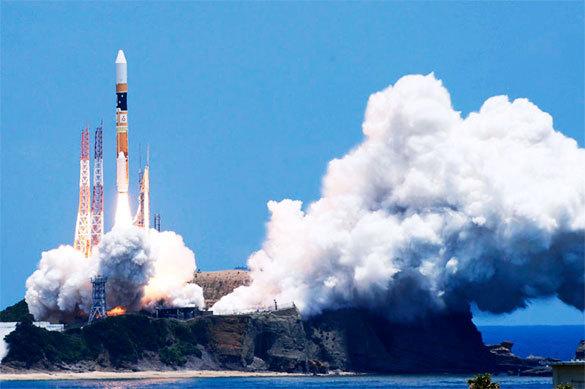 Япония готовит первый запуск в космос коммерческого спутника