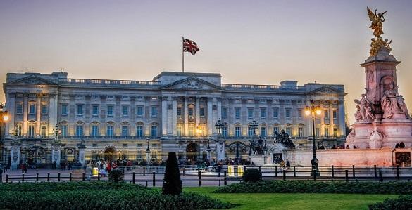 Архитекторы из Германии предложили королеве сделать из Букингемского дворца