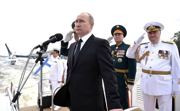 Путин поздравил моряков, процитировав слова адмирала Нахимова. Путин поздравил моряков