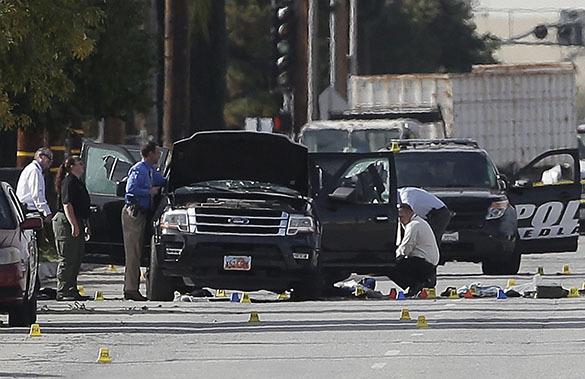 Полиция исследует машину виновных в расстреле в Сан-Бернардино
