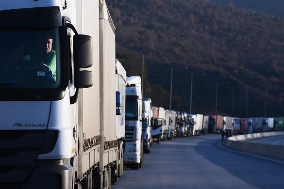 Россия и Польша возобновили грузовые перевозки