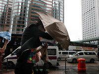 Тайфун в Гонконге приостановил работу биржи. 266674.jpeg