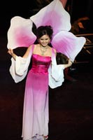 Самую красивую девушку Сингапура уличили в воровстве