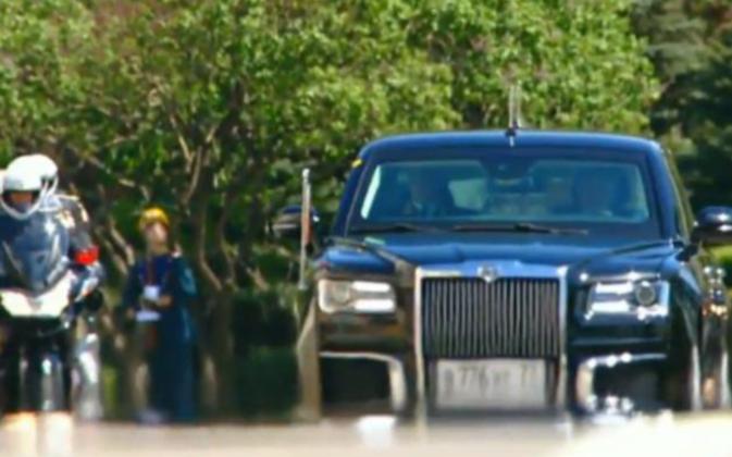 Всюду знаки: россияне увидели в инаугурации Путина коронацию. 386679.png