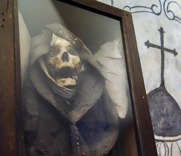 Страшная находка в чреве старой церкви. Страшная находка в чреве старой церкви