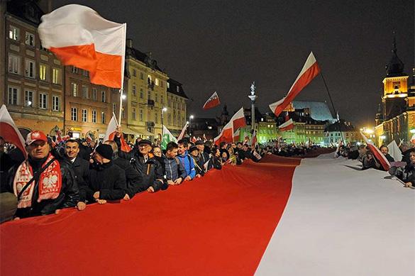 Пятая колонна в ЕС: Варшава обостряет отношения с Брюсселем, выслуживаясь перед США. Пятая колонна в ЕС