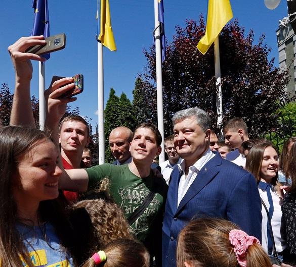Украинская неделя: как Петр прорубил окно в Европу, закрыв друго