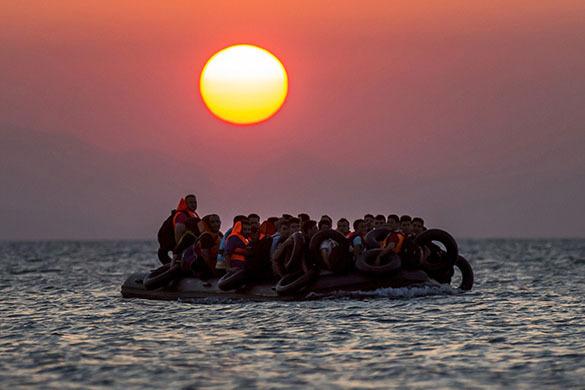 У берегов Румынии задержано судно с 70 мигрантами из Ирака. У берегов Румынии задержано судно с 70 мигрантами из Ирака