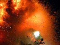 При взрыве на фабрике фейерверков в Индии погибли 16 человек