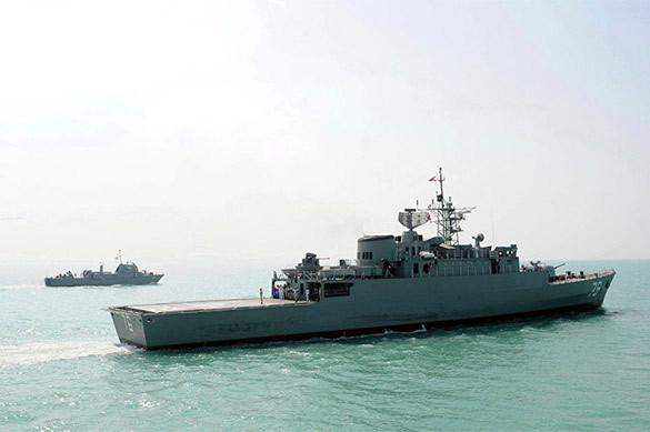 Иранские корабли вОрмузском проливе перехватили судно ВМС США