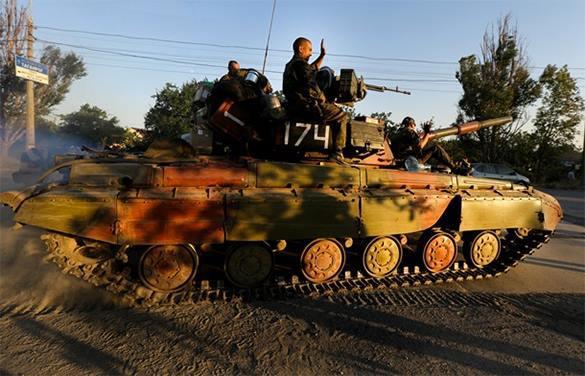 Силовики из танка обстреляли ополченцев, перевозивших дрова. 314685.jpeg