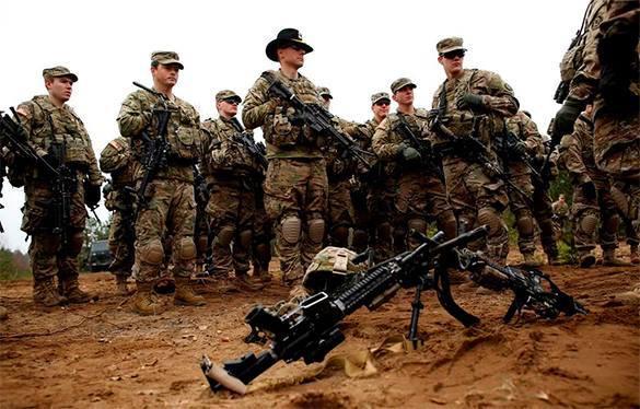 американские солдаты в пустыне