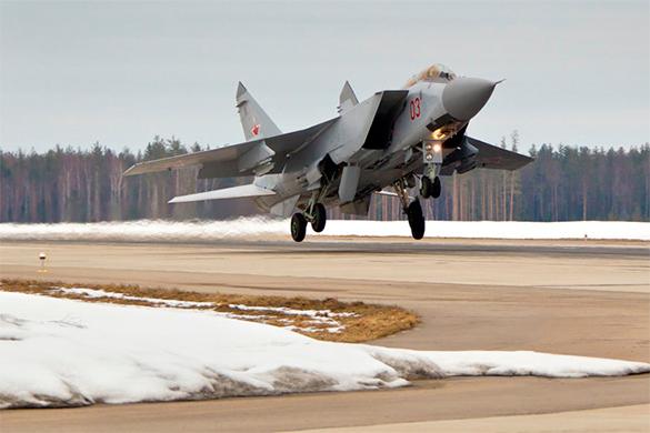 ПВО и авиация СНГ и России были подняты по тревоге. В России прошли учения авиации и ПРО