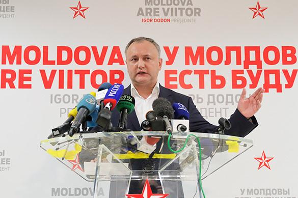 Додон пообещал закрыть бюро НАТО, если оно откроется вМолдавии