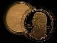 Первый серебрянный доллар продан за  млн. 279688.jpeg