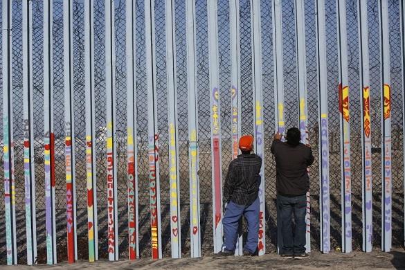 """Подготовлены первые контракты по строительству """"великой стены"""" между США и Мексикой. 402695.jpeg"""