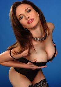 Вы сильно заблуждаетесь, если думаете, что большая грудь уместна