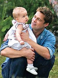 У красивых отцов появляются прелестные дочки и уродливые сыновья