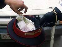 Взятка в 50 тысяч рублей обернулась для инспектора тремя годами
