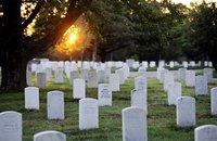 Знаменитое Арлингтонское кладбище заново подсчитает могилы. arlington