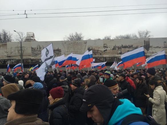 России готовят тайное послание непонятно о чем. Марш оппозиции 1 марта 2015 года