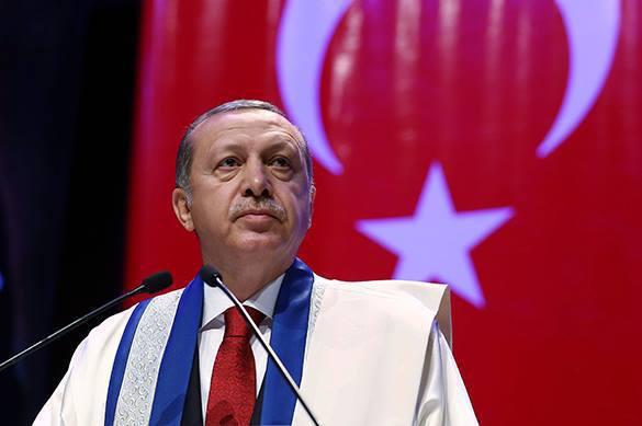 Эрдоган: Брань на вороту не виснет