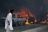 Мощный взрыв в Пакистане унес десять жизней. pakistan