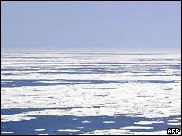 У брегов Камчатки ищут пропавшего боцмана