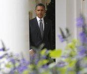 Дата рождения Обамы сделала семейную пару богачами. obama