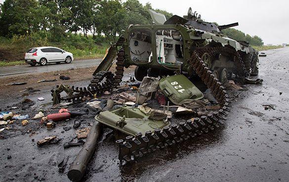 В ДНР упрекнули украинские власти за то, что они скрывают реальные потери своих солдат. танк