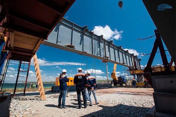 Керченский мост достроят к осени 2017 года