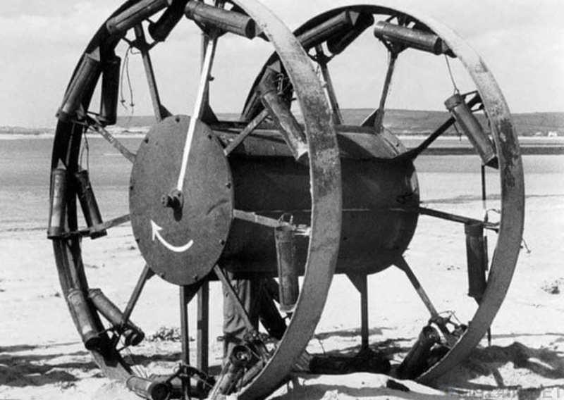 Великий Панджандрум: катушка с ракетными двигателями, набитая взрывчаткой. 401705.jpeg