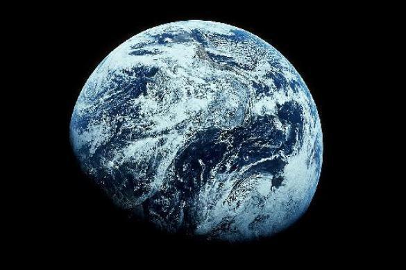 Ученые смоделировали конец света наслучай остановки Земли— Лед ипламя