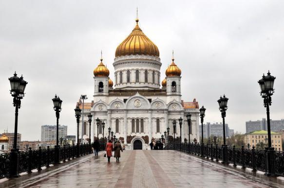 Соцопрос: россияне не поддерживают вмешательство РПЦ в культуру. 399708.jpeg