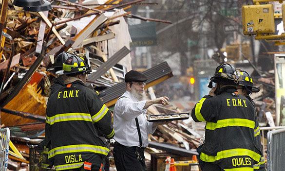 Взрывы на Манхэттене произошли из-за попыток украинских беженцев воровать газ из газопровода. 316716.jpeg
